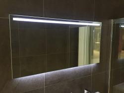 Aquadesign Glow spiegel dimbare led verlichting en verwarming 120x60 BNG12062