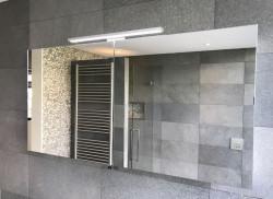 Luxe spiegelkast 120cm met led verlichting opbouw en stopcontact volledig aluminium 1208846332