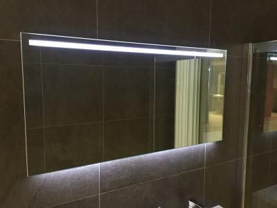Aquadesign Glow condensvrije spiegel met led verlichting dimbaar 160x60 1208781862