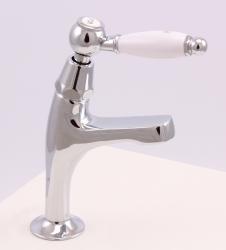 Klassieke fonteinkraan met witte hendel koud water klein model chroom 1208854162