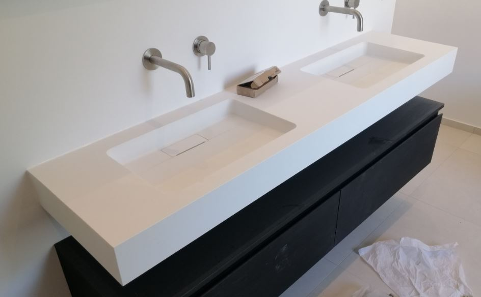 Solid S Maatwerk Wastafel Solid Surface Mat Wit